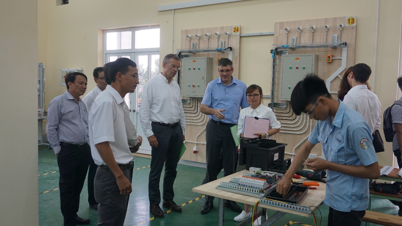 Rapid development of the College of Machinery and Irrigation impressed the Delegates of German Embassy